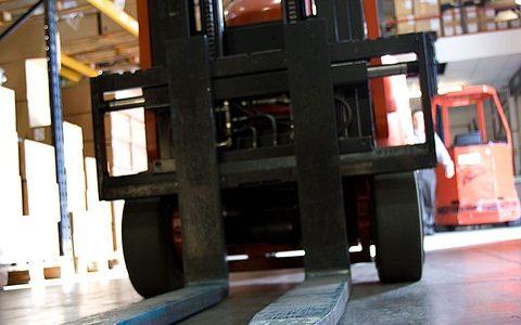 Akkumulátoros pántológépek és csomagológépek