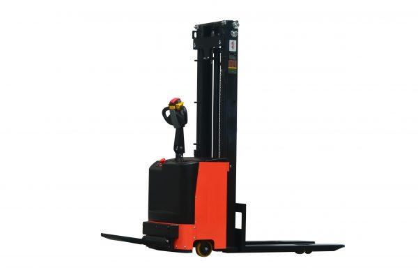7SMITH-Elektromos-vezetoallasos-targonca-pedallal-1500kg-260cm