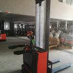 7SMITH-Elektromos-vezetoallasos-targonca-pedallal-1500kg-260cm-olcso